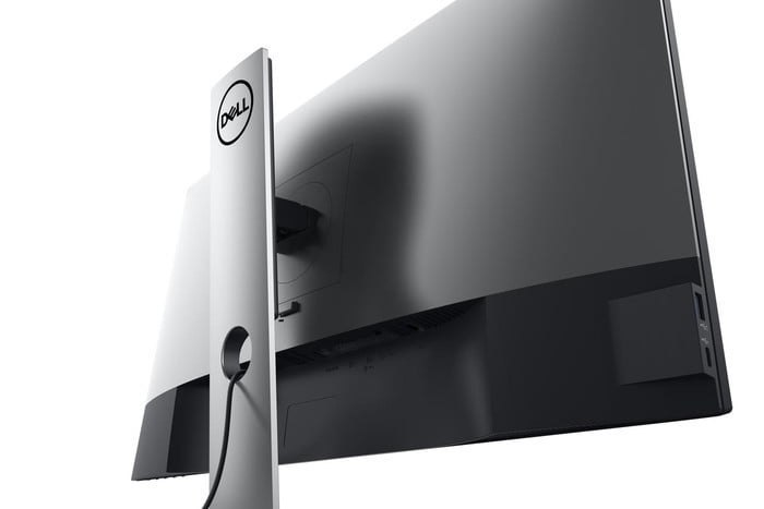 "Dell UltraSharp U2720Q 27 "", IPS, 4K, 3840 x 2160 pixels, 16:9, 5 ms, 350 cd/m², Black, Warranty 36 month(s), 1 x HDMI, 1 x DP H"